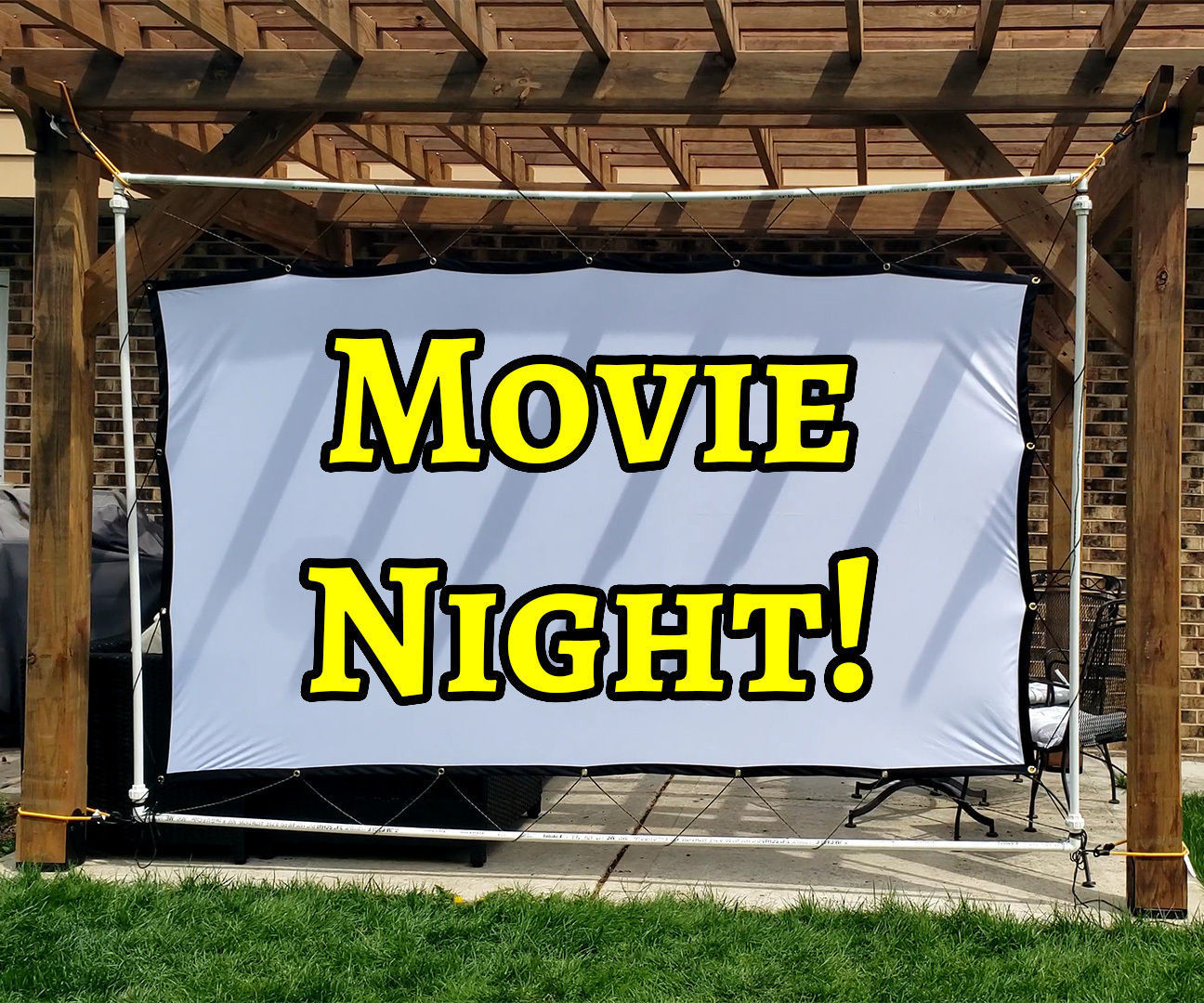 DIY Inexpensive Projector Screen Frame