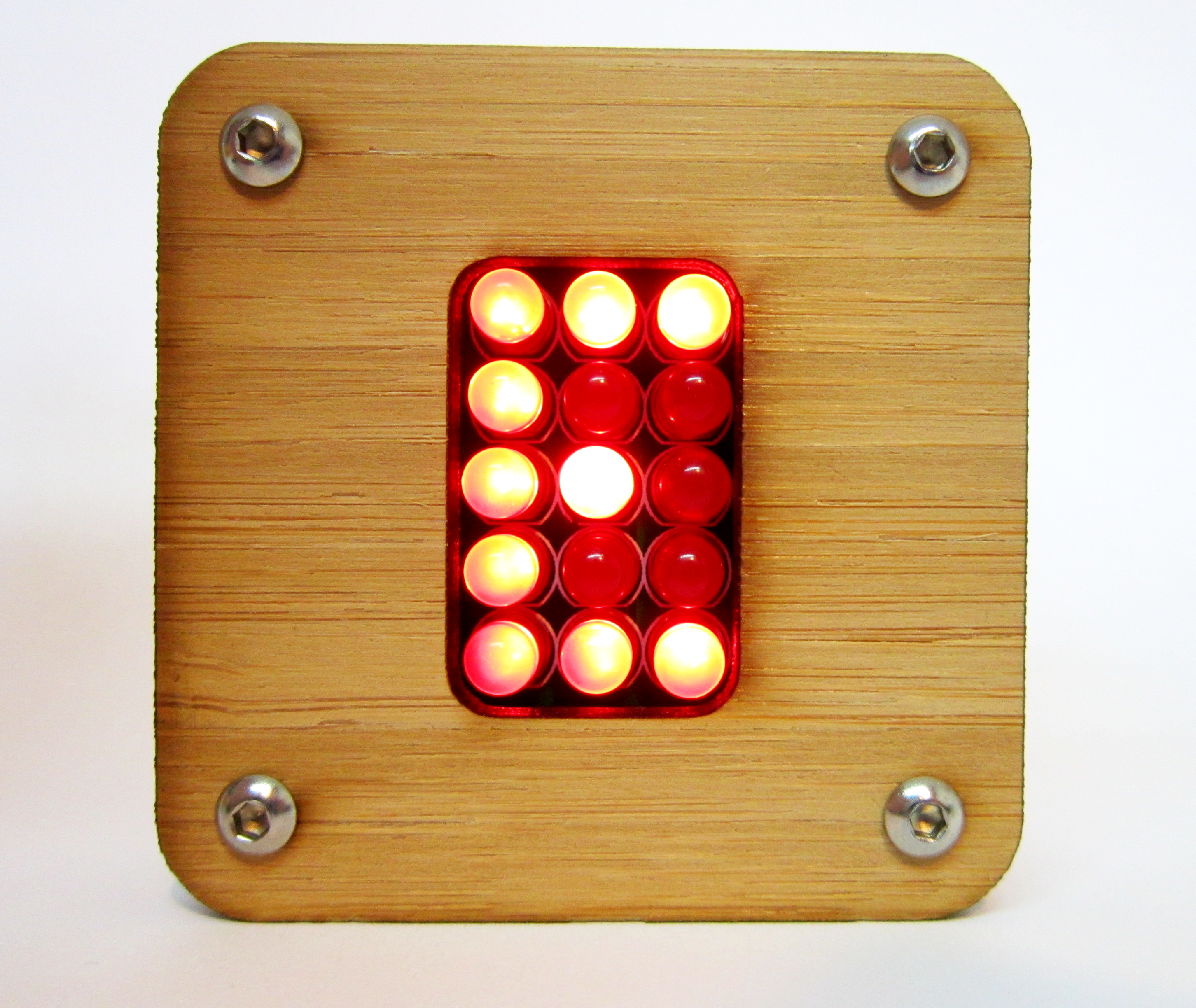 Build an Electronic Random Character Generator for One Time Pad Cryptography in Bamboo Case