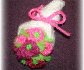Knit a Tiny Flower Pin Bouquet for Mothers' Day
