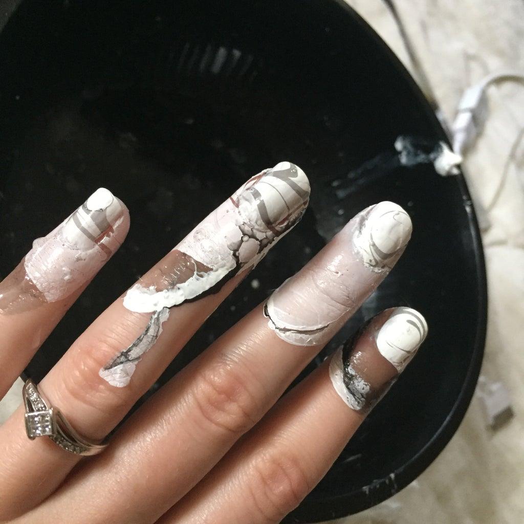 Dip Nails in Water Polish