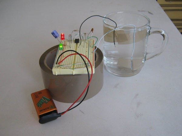 Simple Water Level Detector Using a LM555 in Astable Mode: