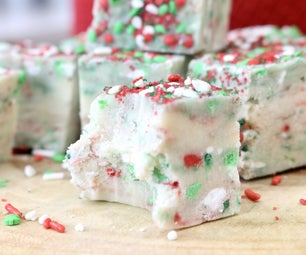 SUGAR COOKIE CHRISTMAS FUDGE | 4 Ingredients