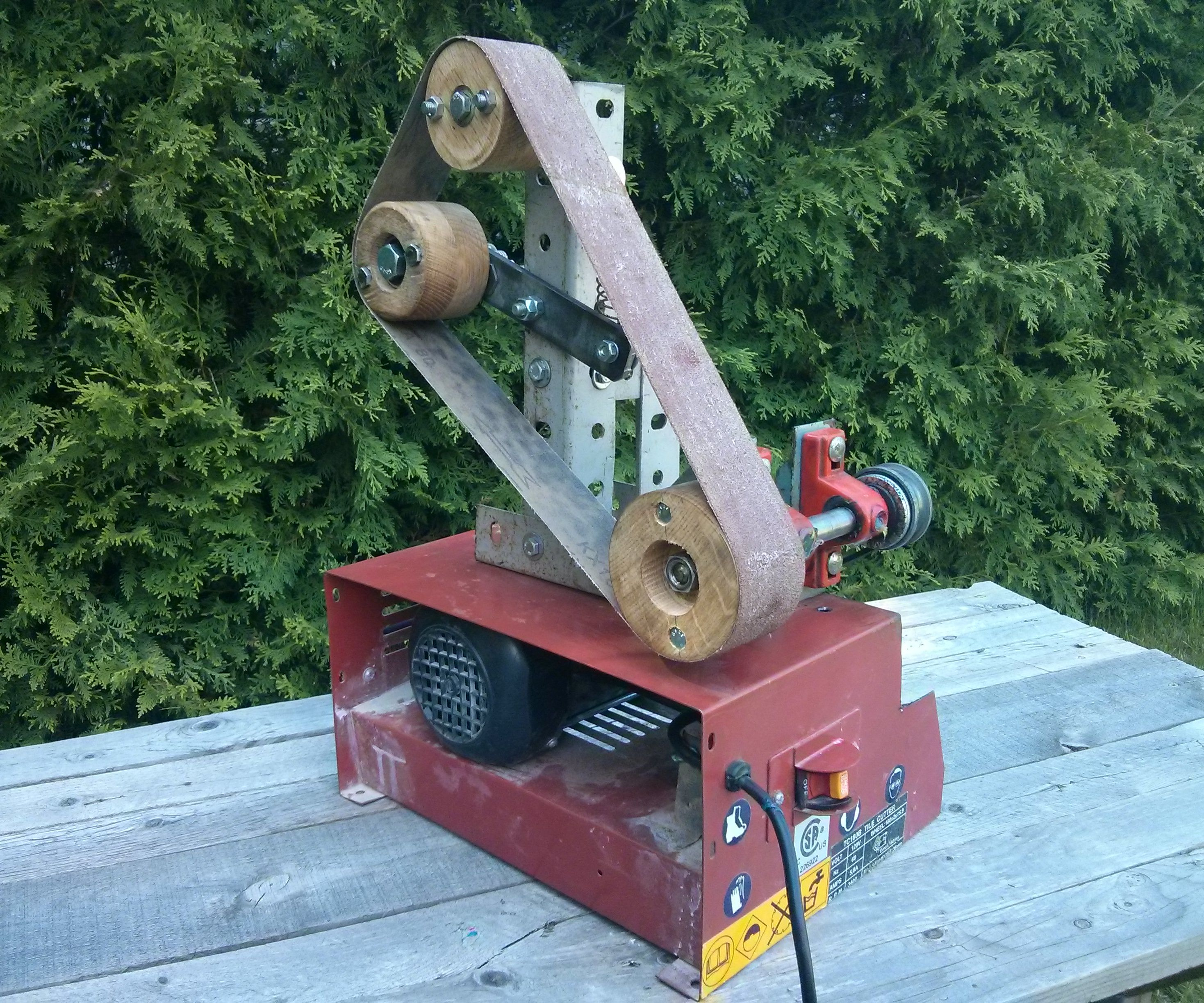 Low Budget Knife-maker's Bench Grinder