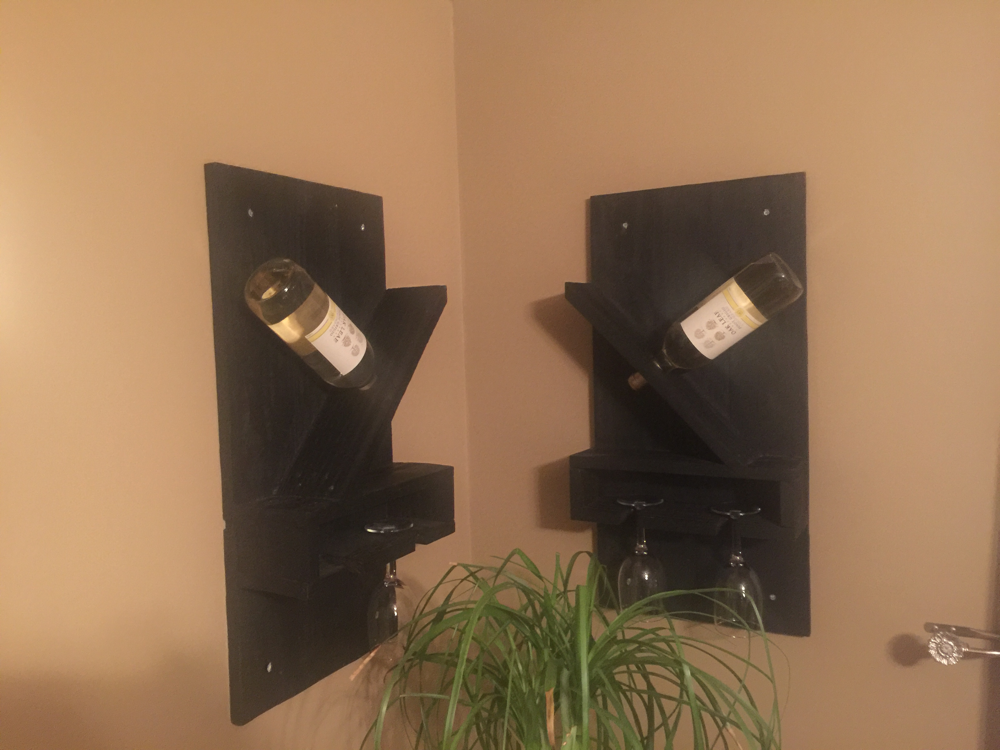 Wine Rack for a Bottle and 2 Cups Out of Pallet
