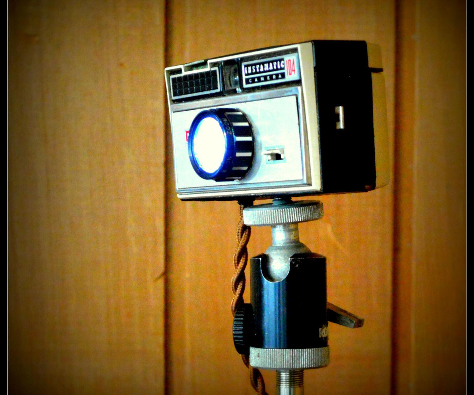 Vintage Camera LED Lamp