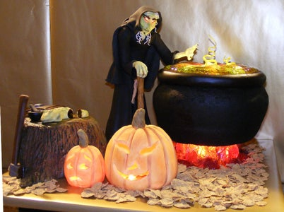The Witch's Kitchen Cake