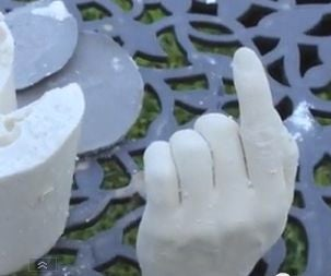 Mold and Cast a Hand With Alginate