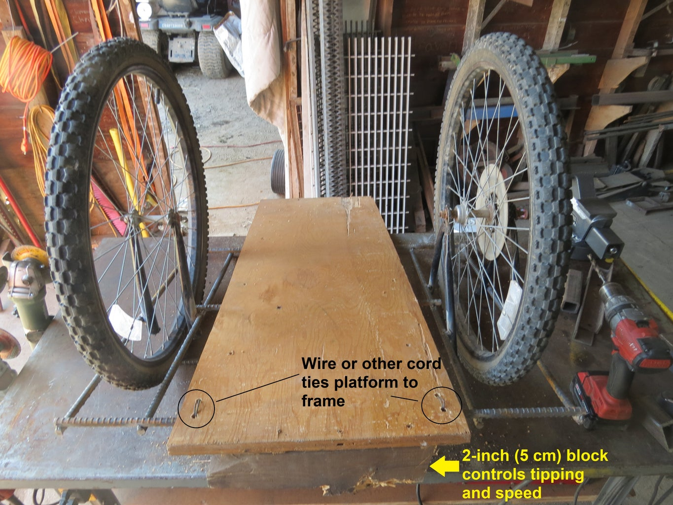Attach a Platform Between the Wheels With Cords