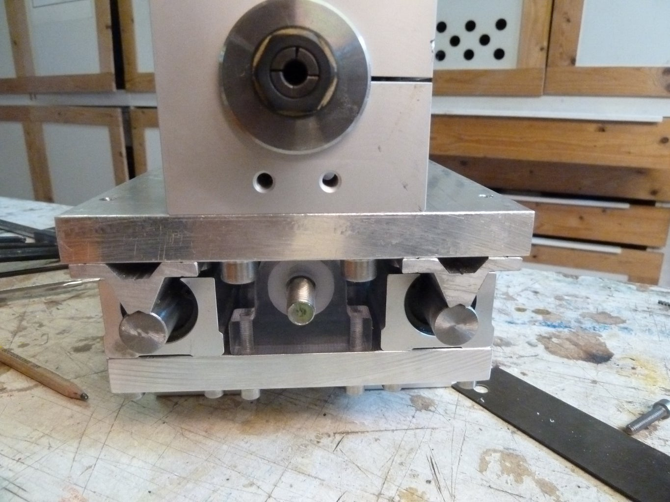 Z-axis Drive Nut   Mount