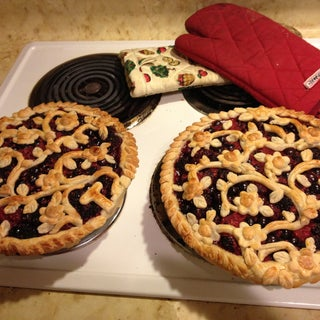 Triple Berry Pie 9.JPG