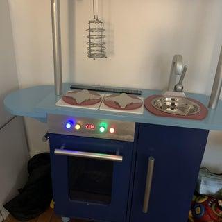 Kids Kitchen That Says BEEP