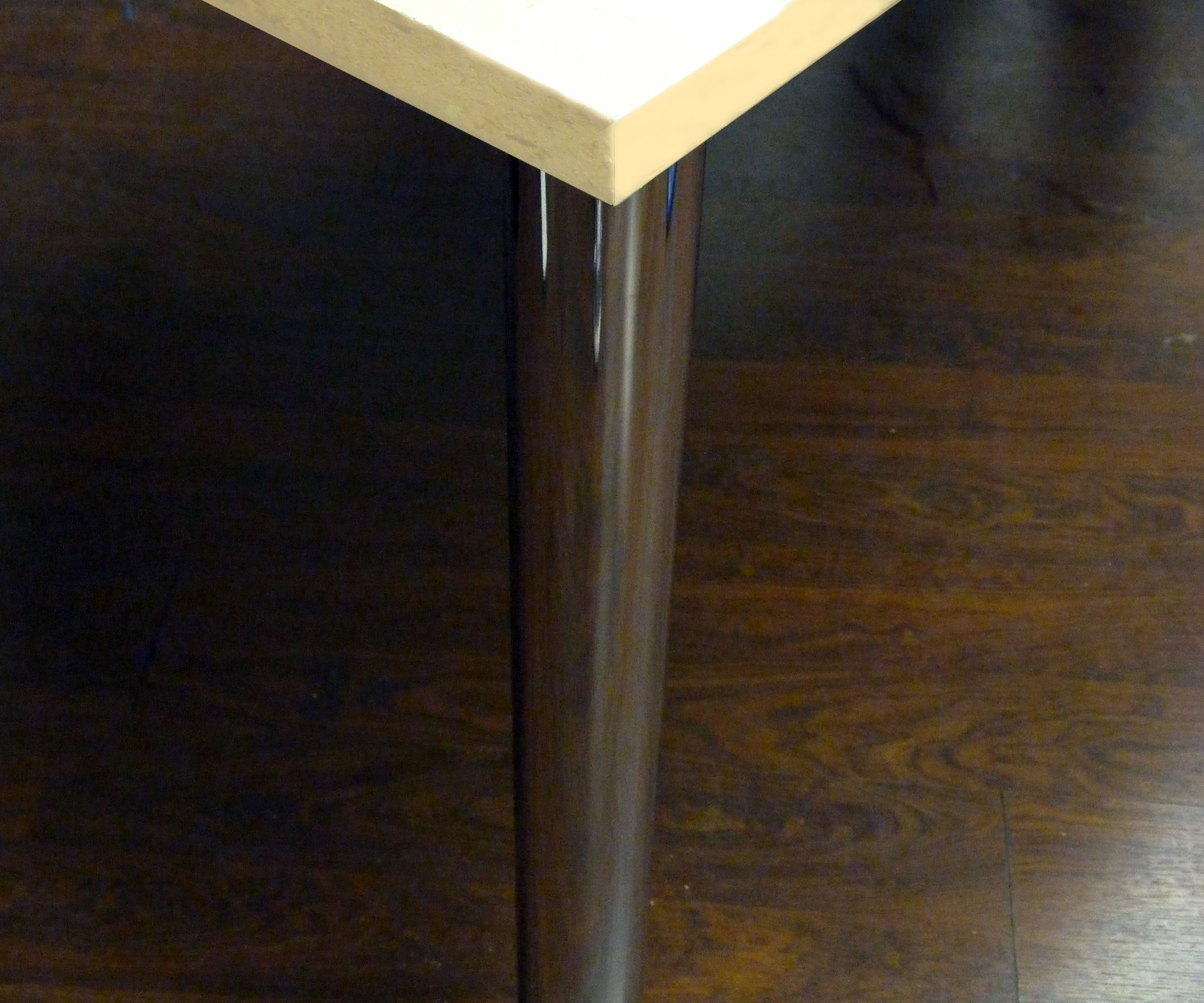 How to make an office desk on a budget