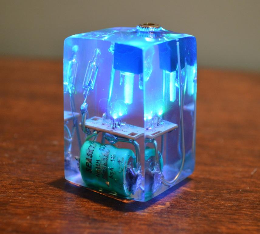 LED Resin Cube
