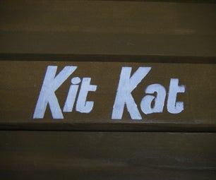 Kit Kat Picnic Table