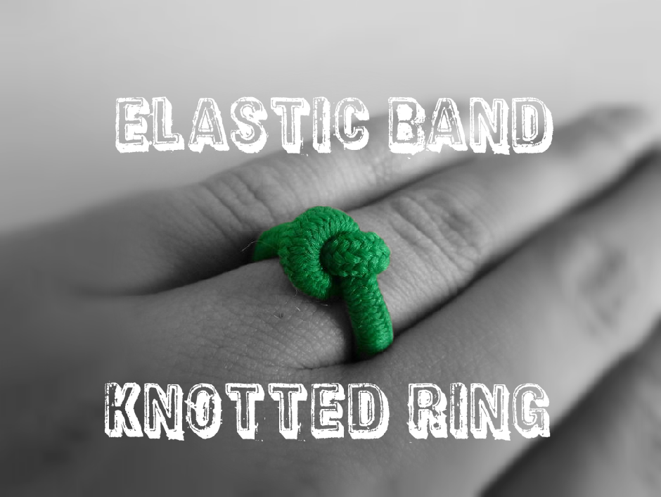 Elastic band knotted ring