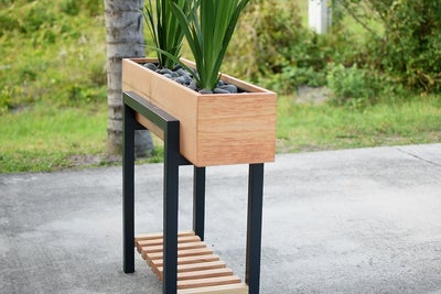 Raised Planter Box by Instructables