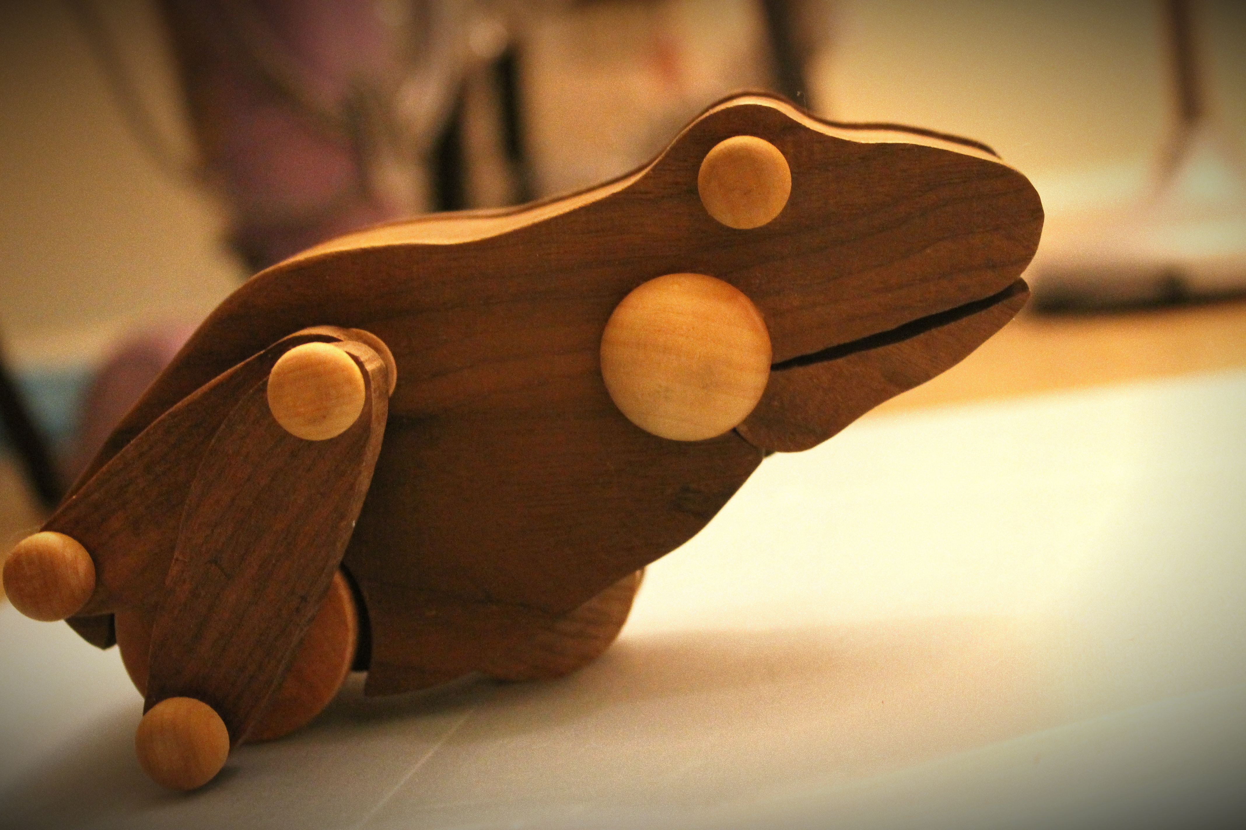 Wooden Frog-- Hi Dear, remember to smile when working!