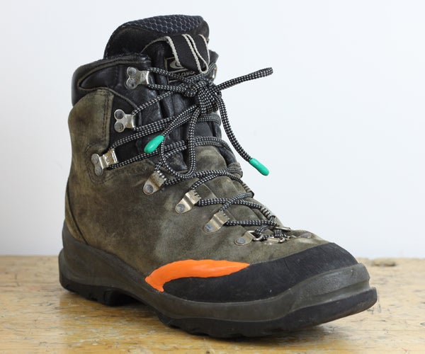 How to Repair Your Boots Using Sugru