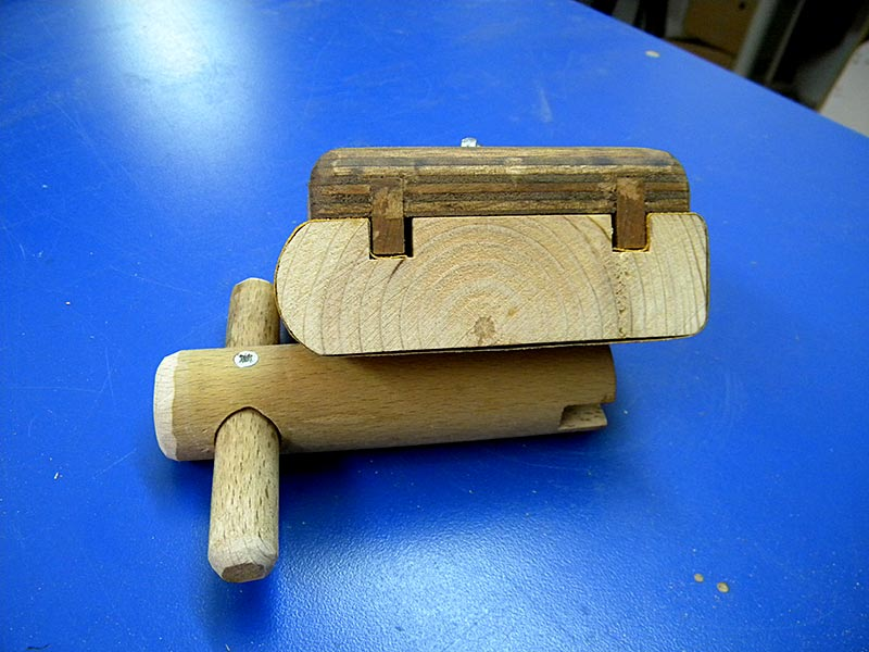 Sanding Block & Wing Nuts Key