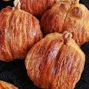 Chignon风格的南瓜羊角面包
