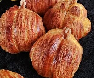 Chignon-style Pumpkin Croissant