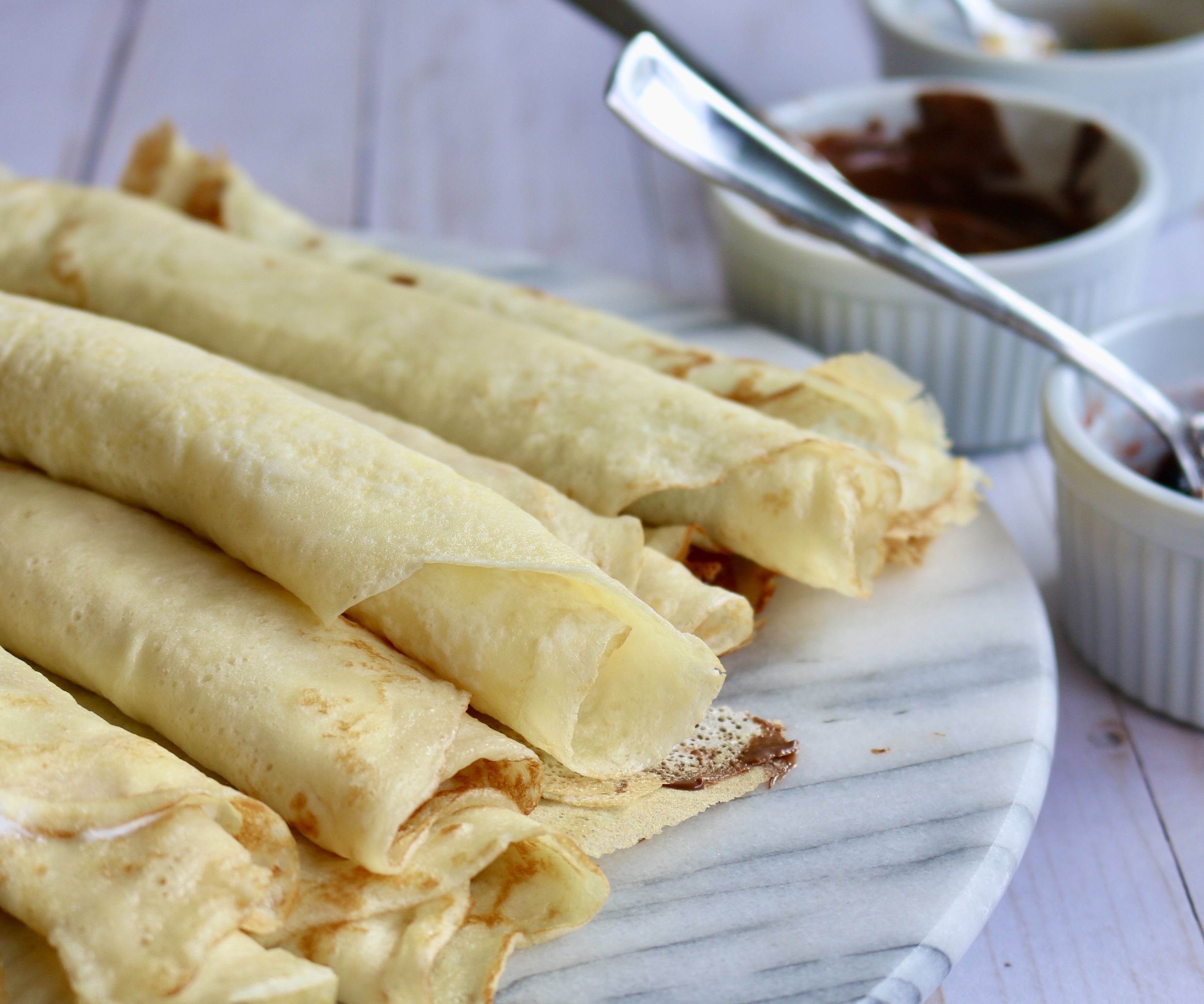 How to Make Crepes| Romanian Style Crepes | CLĂTITE