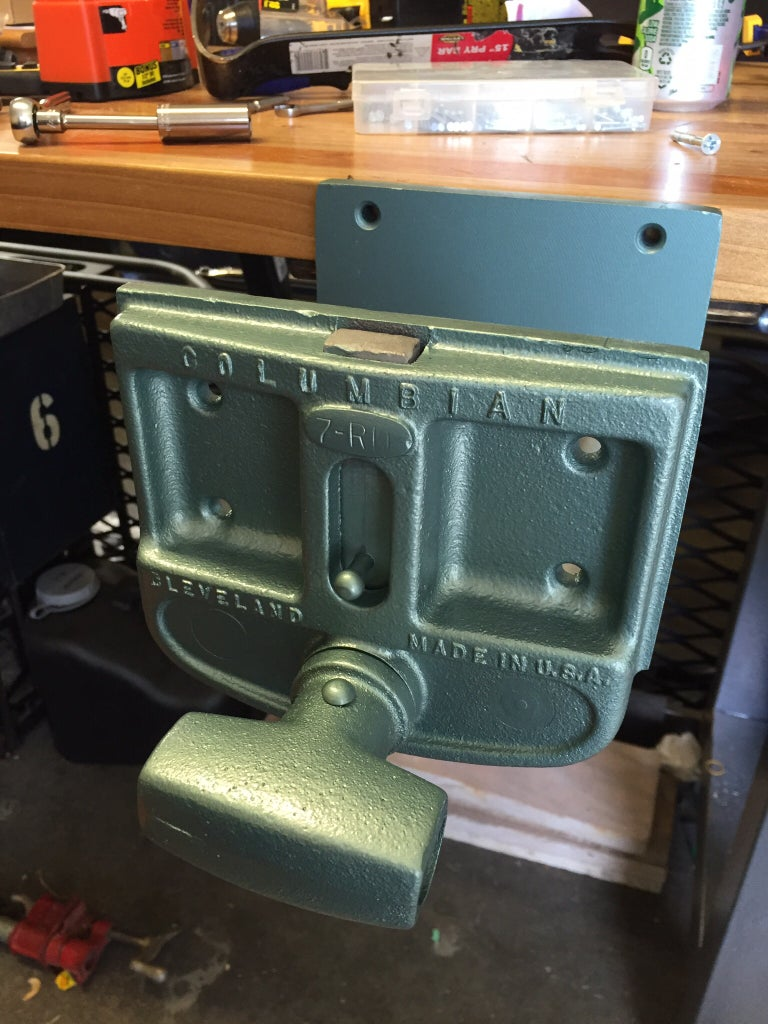 Mount Under Bench, Install Handle and Lubricate Threads