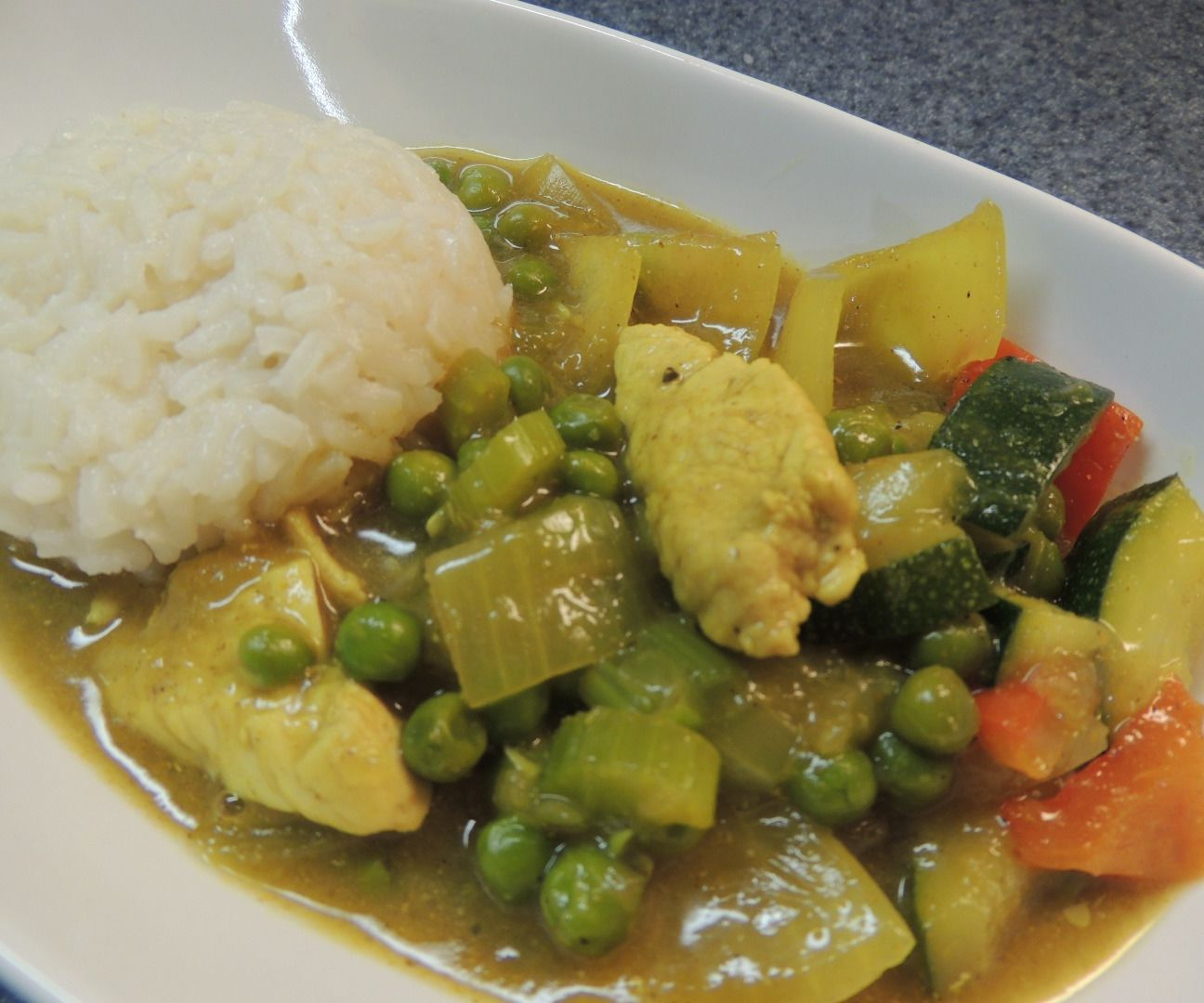 One-Pot Chicken & Vegetable Curry