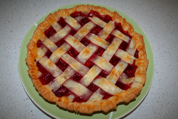 DIY Homemade Strawberry Pie