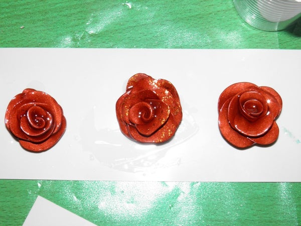 How to Make Rose Pendant Made of Polymer Clay and Cristal Resin