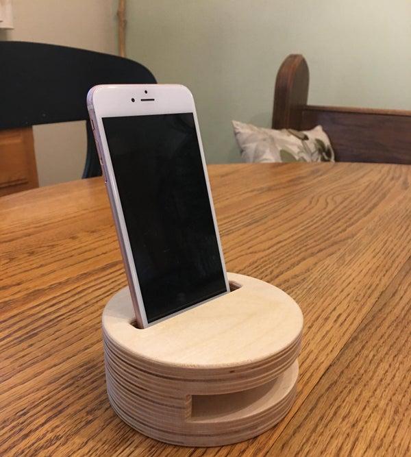 Design a Simple Smartphone Amp in Fusion 360