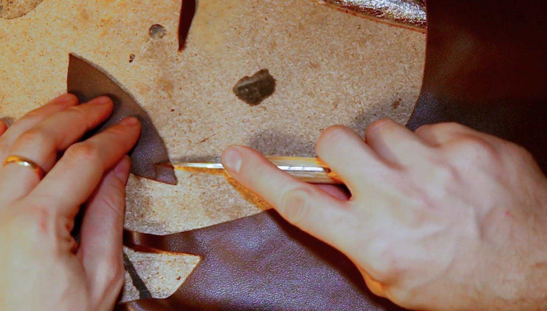 Cutting and Glueing the Leather Edge Protection
