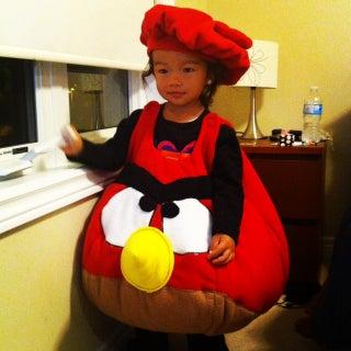 Victoria - Angry Bird costume.JPG