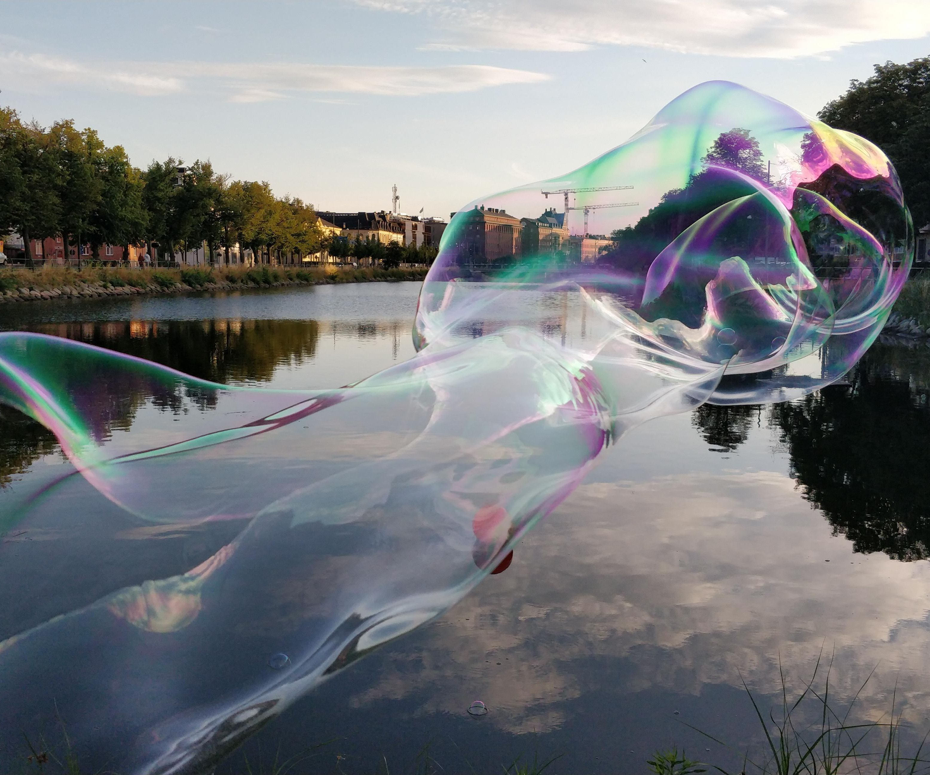 Magical No Dip, One-Hand, Tri-String Mega Bubble Wand