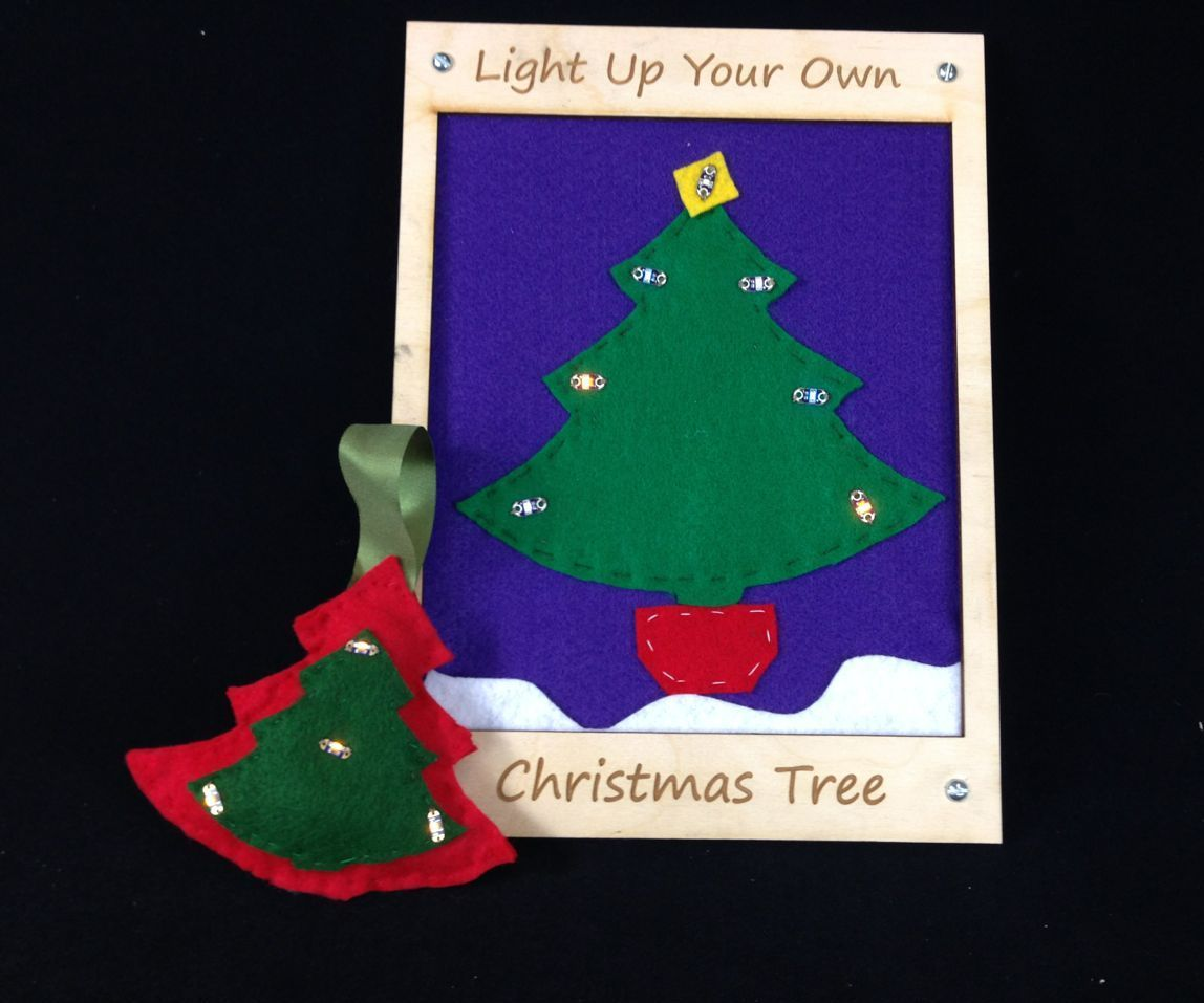 LED Christmas Tree Ornament Using Conductive Thread