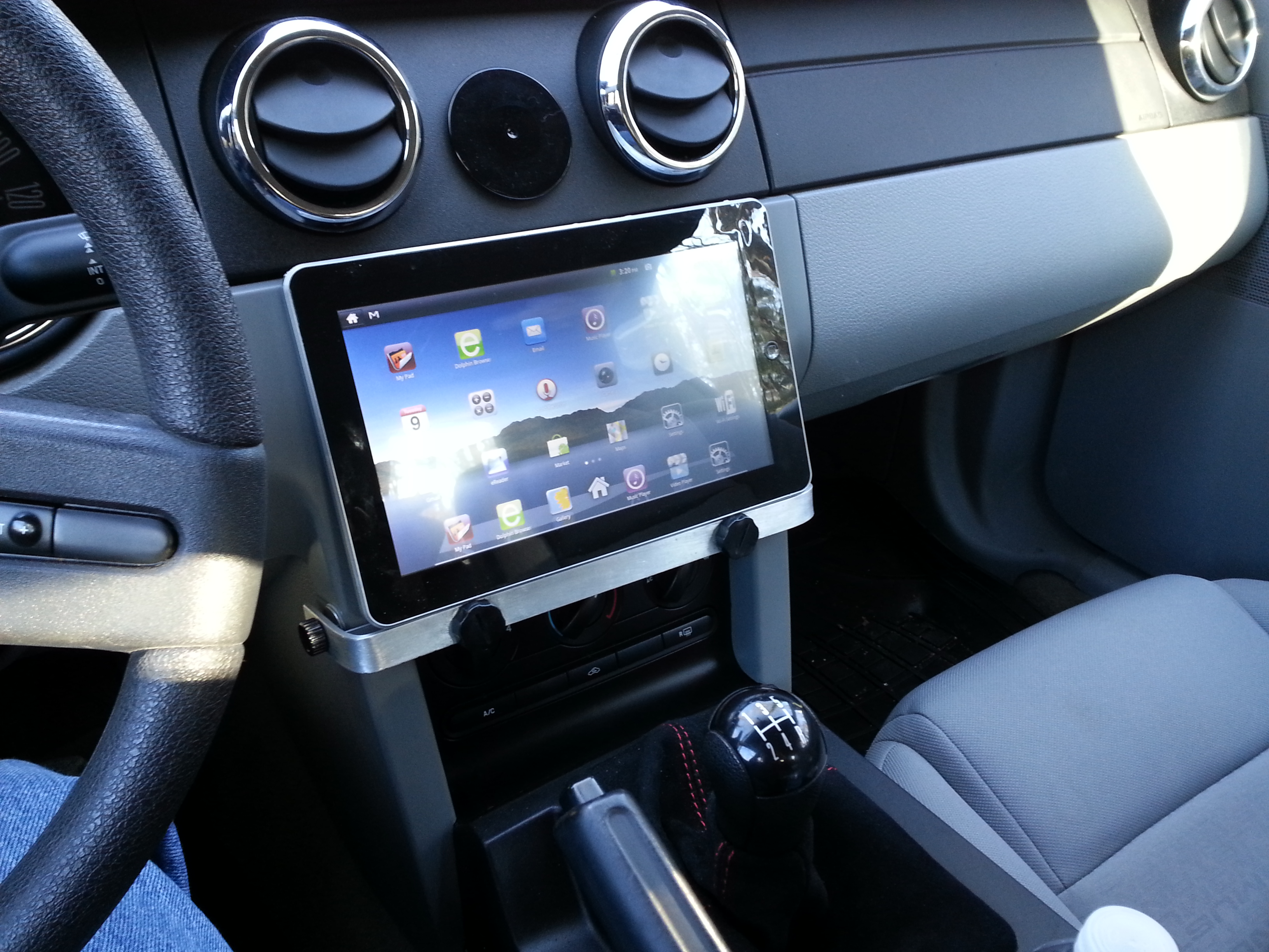Car Tablet Mount (Easy and Cheap)