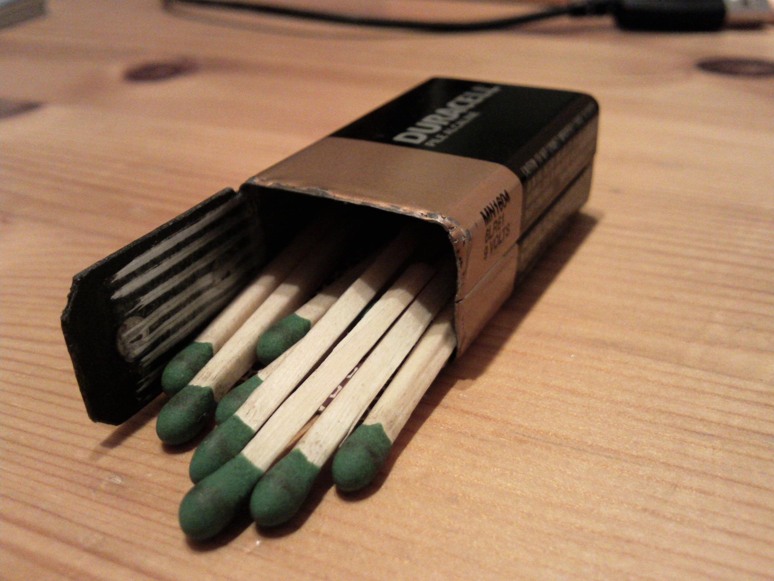 9V Matchbox