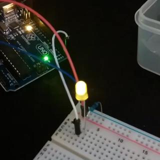 Basic Arduino Tutorials : 01 Blinking LED