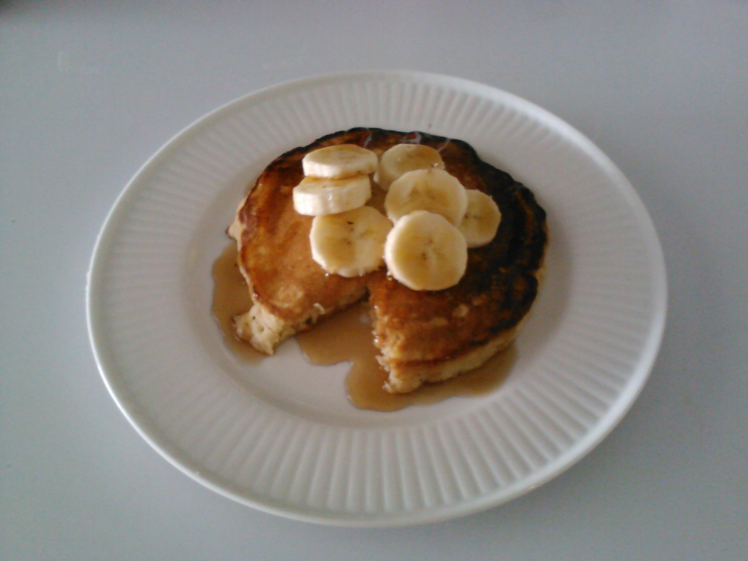 Maple Brown Sugar Oatmeal Pancakes