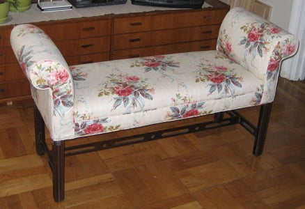 Upholster a Settee