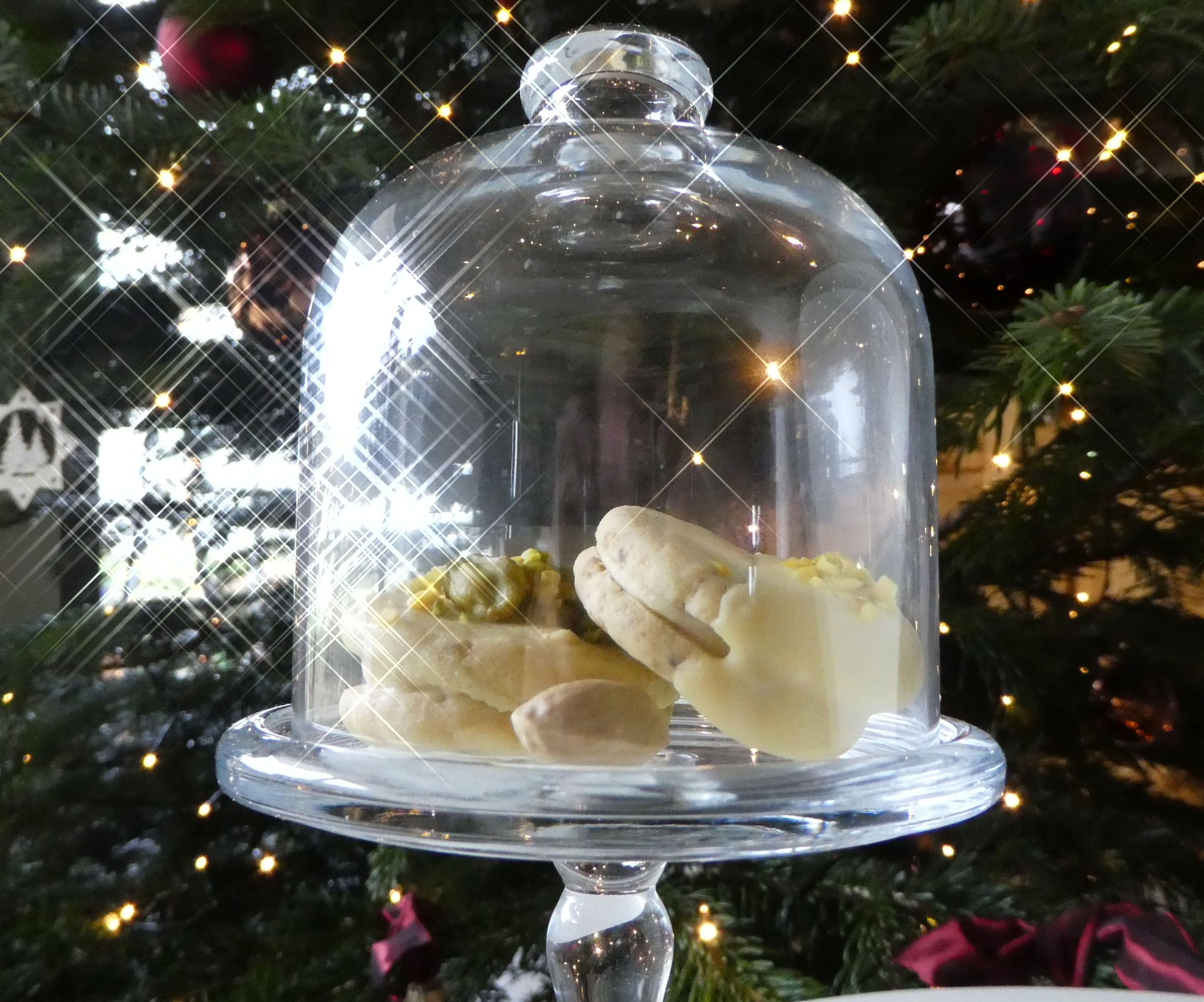 Pistachio Prosecco Cookies