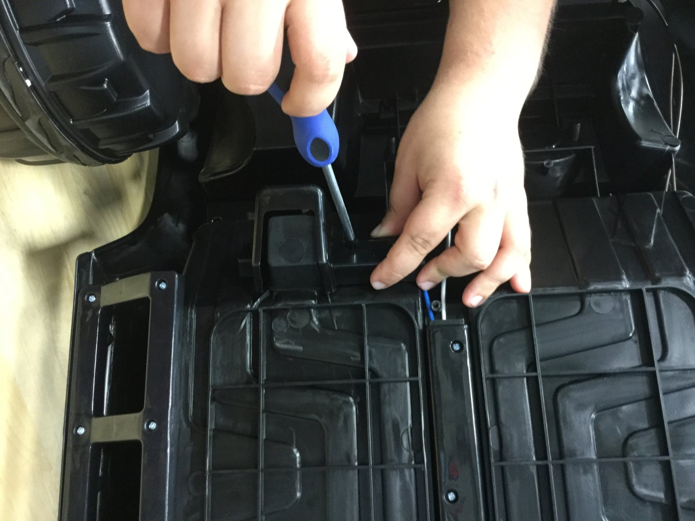 Step 3.2.5: Connecting the Pedal Circuit to the Relay