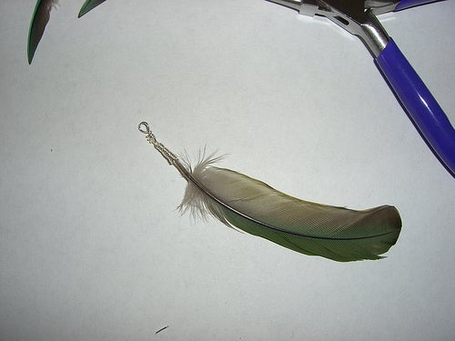 How to Wire Wrap a Feather - Method 2