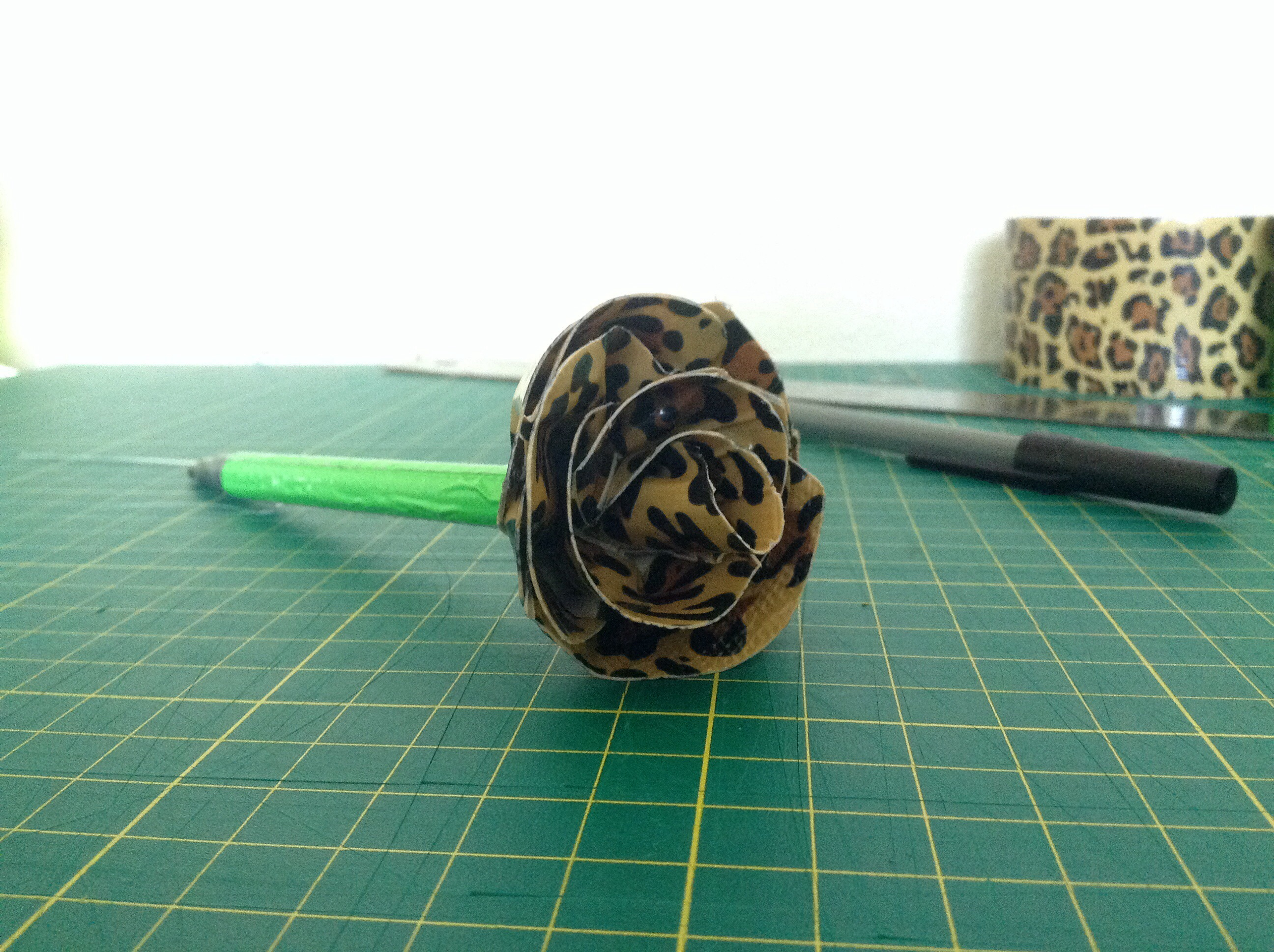 Duct Tape Rounded Rose Pen