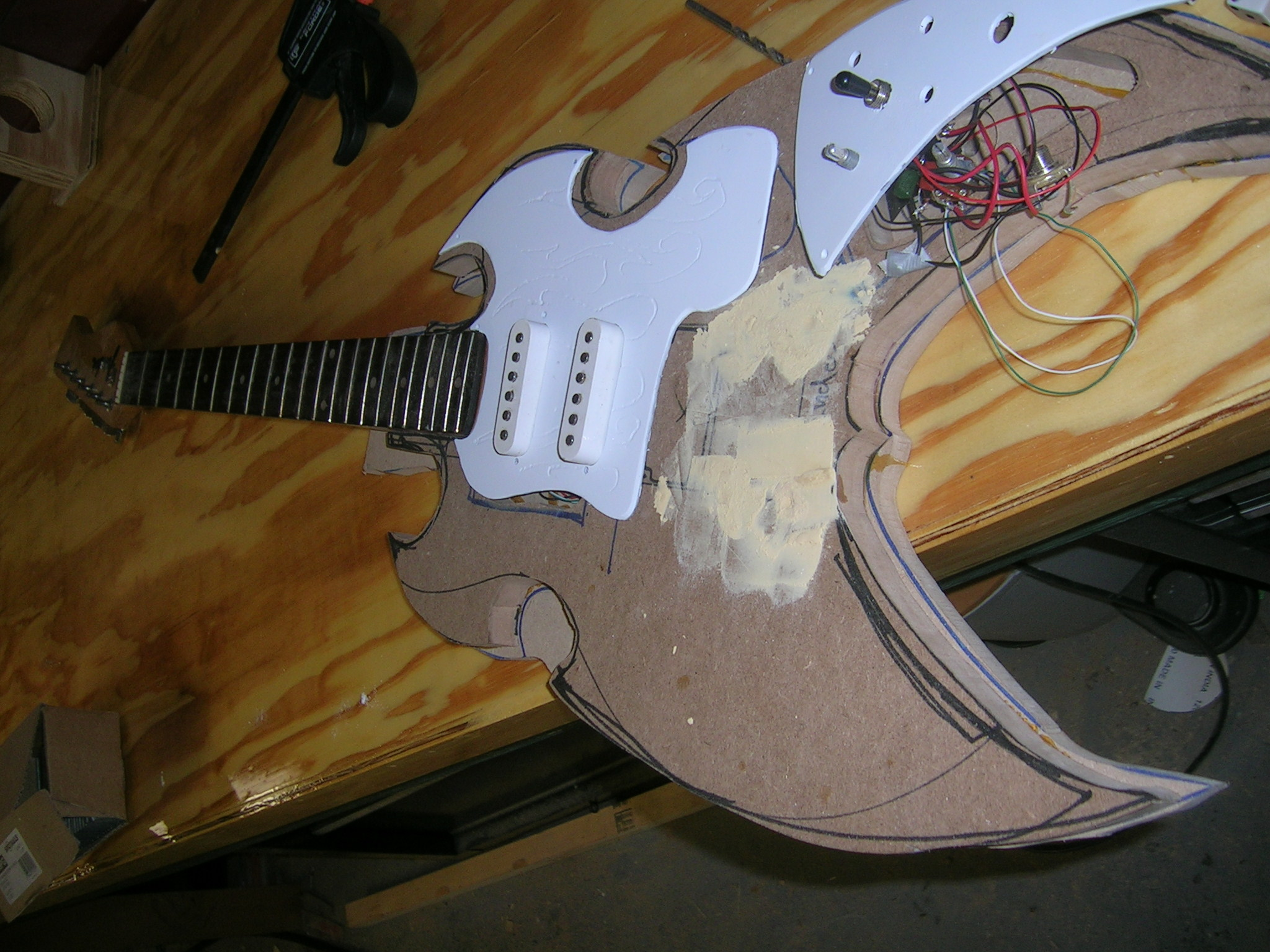 build a custom electric guitar