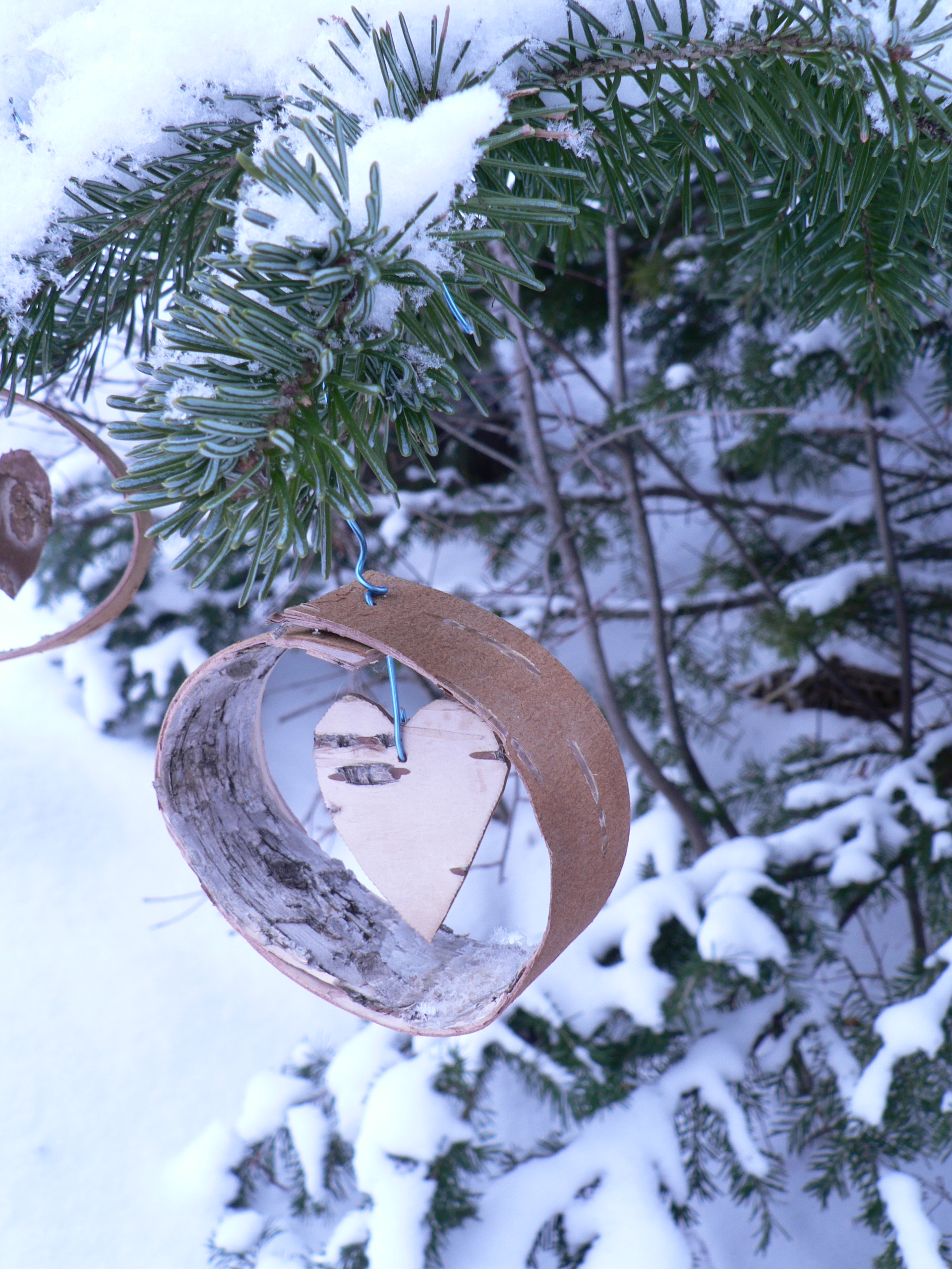 Easy Birch bark Christmas Tree ornaments