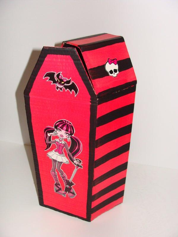 Vampire Doll Coffin From Cardboard
