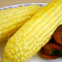 How to Microwave Corn