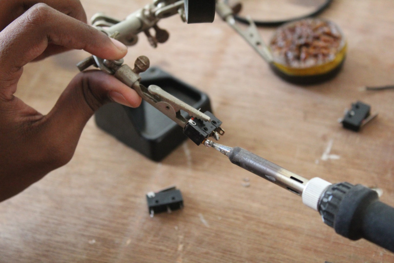 Attaching the Limit Switches