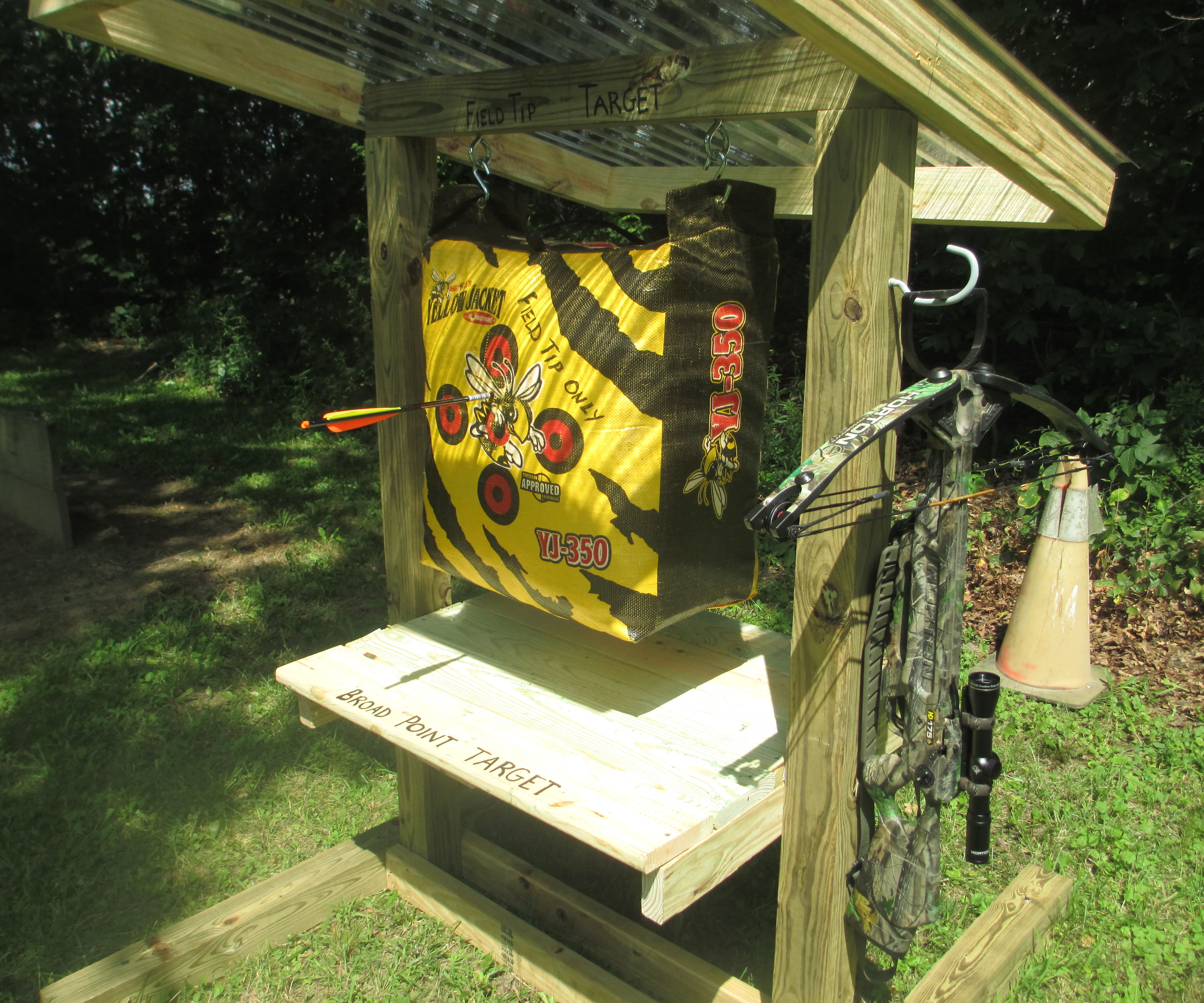 Archery Target Stand and Range Plans